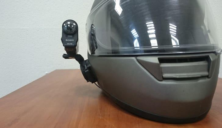 Biker AIR удобно крепится на шлем