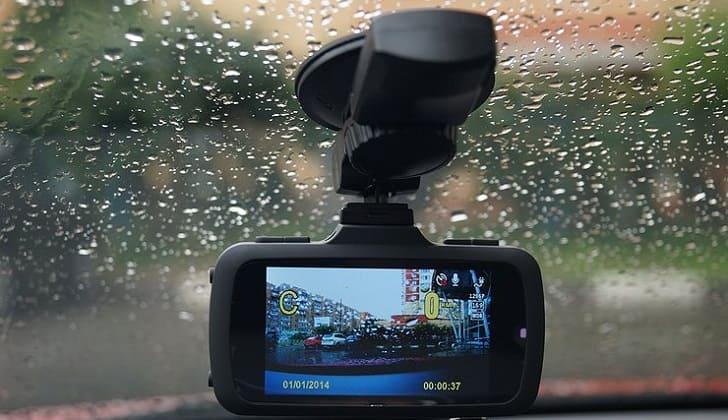 Лучшие регистраторы с функцией GPS