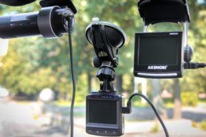 ТОП-10 недорогих видеорегистраторов 2018 года по отзывам автолюбителей