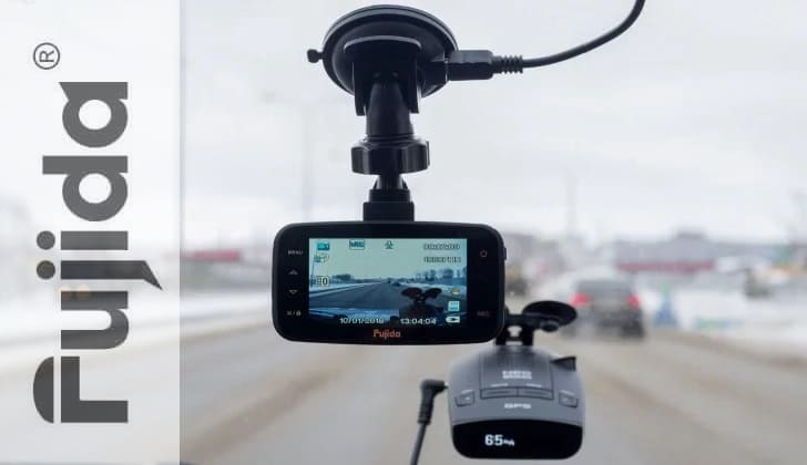 Видеорегистратор авто Fujida