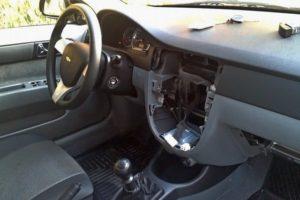 Как снять и заменить штатную магнитолу на Chevrolet Lacetti (Шевроле Лачетти)