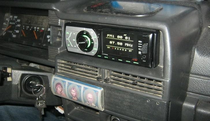 Автомагнитола в модели 2109