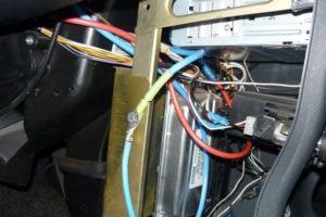 Как подключить (подсоединить) магнитолу напрямую к автомобильному аккумулятору