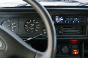 Как правильно установить и подключить магнитолу в машину ВАЗ-2107 (2106)