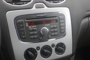 Как включить Блютуз (Bluetooth) на штатной магнитоле в Ford (Форд) 6000CD и инструкция подключения AUX