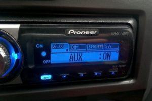 Как включить AUX (аукс) на магнитолах марки Pioneer (Пионер)