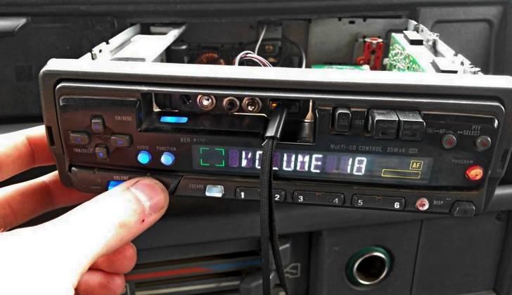 Старая магнитола с USB