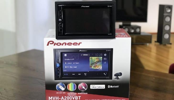 Упаковка Pioneer MVH A200VBT