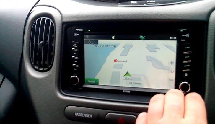 Управление блоком навигации аудиоустройства