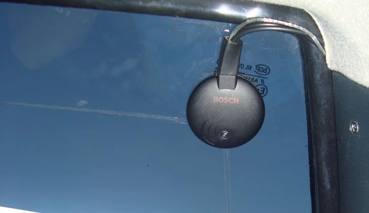 Активная антенна на стекле