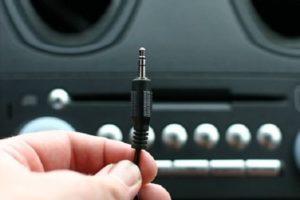 Что такое AUX в автомагнитоле и как сделать (подключить) АУКС на кассетном или штатном CD-проигрывателе