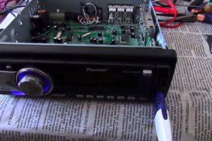 Как провести ремонт автомагнитолы Пионер (Pioneer)