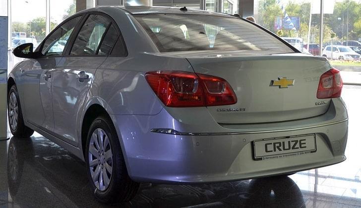 Chevrolet c парковочной системой