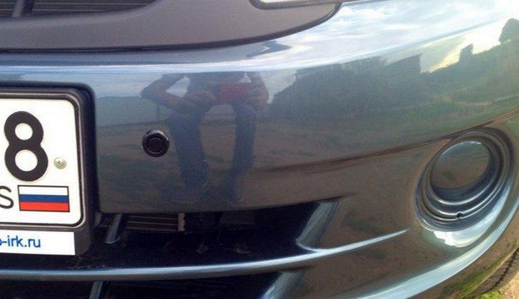 Передний парковочный радар