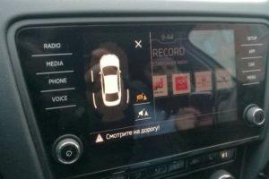 Что делать если постоянно пищит парктроник при включении задней передачи или нажатии на тормоз