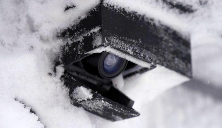 Камера холодной зимой