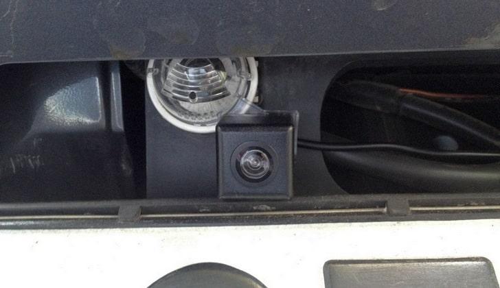 Штатная видеокамера Suzuki