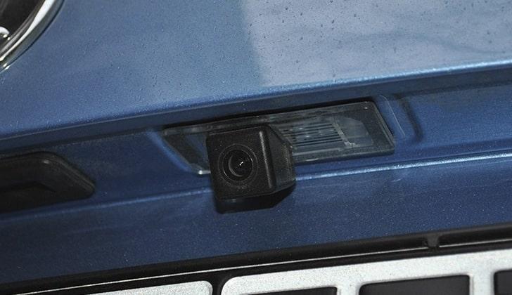 Видеокамера на Шкоде