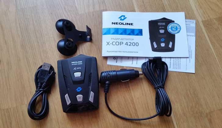 NEOLINE X-COP 4200 комплект