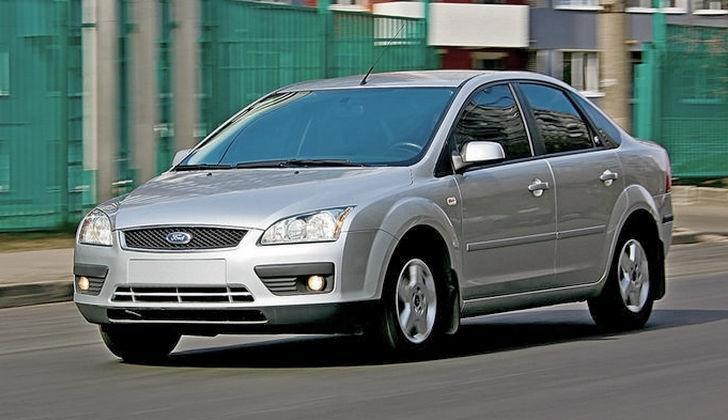 Автомобиль Ford Focus 2 с сигналкой