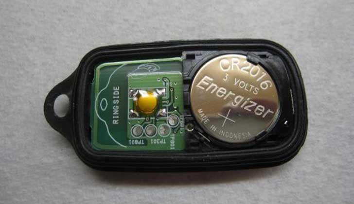 Батарейка в сигналке Tomahawk