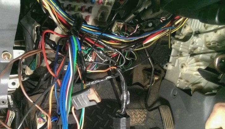 Электрическая проводка автомобиля