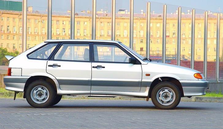 Машина марки ВАЗ-2114