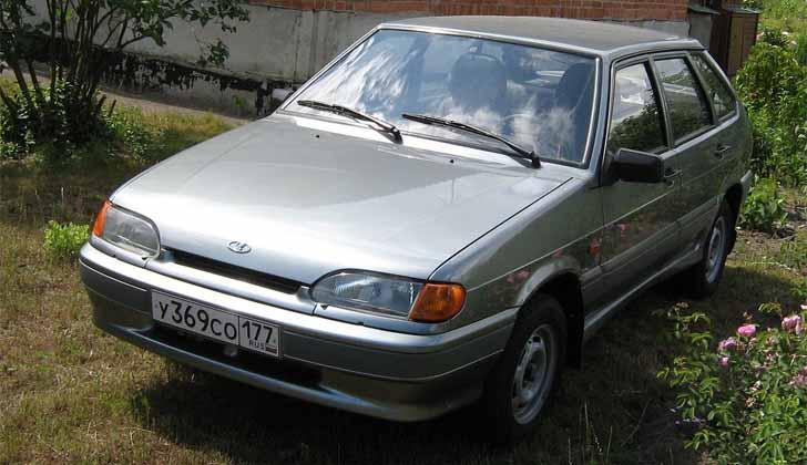 Машина ВАЗ-2114