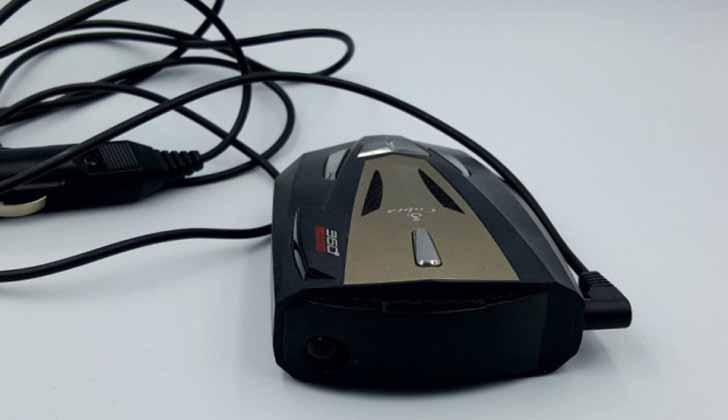 Модель сигналки Cobra 360 Laser