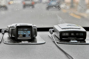 Особенности эксплуатации радар-детекторов Playme