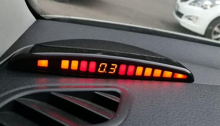 Информационный дисплей парктроника