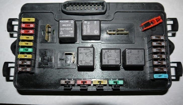 Блок предохранителей на ВАЗ-2115