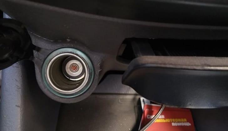 Ремонт прикуривателя на машине Hyundai Accent