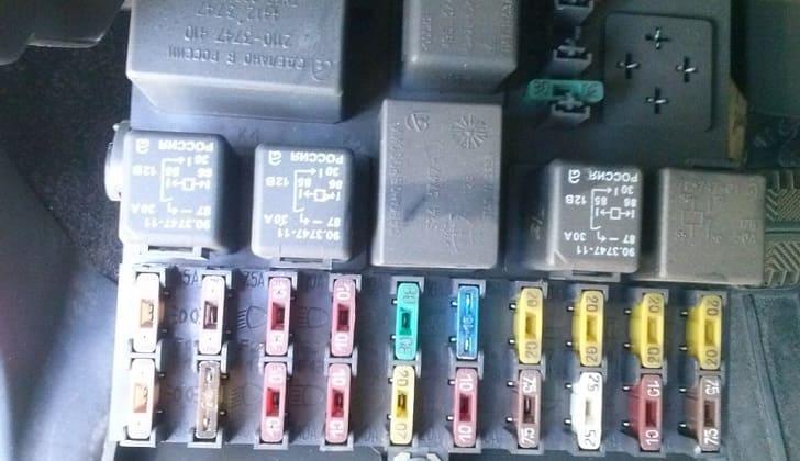 Блок предохранителей на ВАЗ-2112