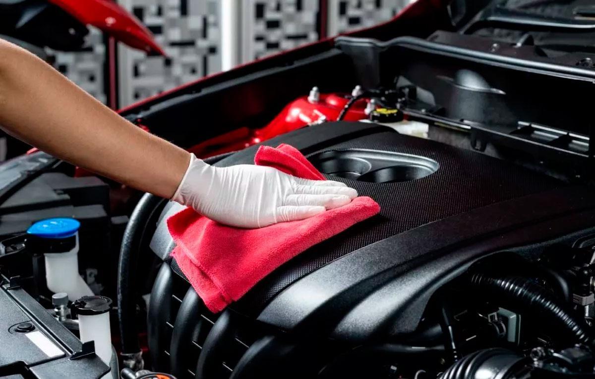 Детейлинг двигателя автомобиля