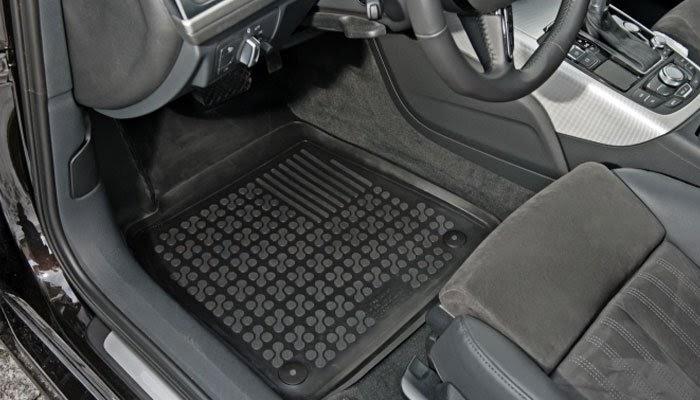 Преимущества и основные виды автомобильных ковриков