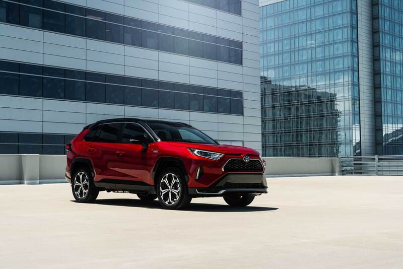 Toyota Rav 4 2021 года